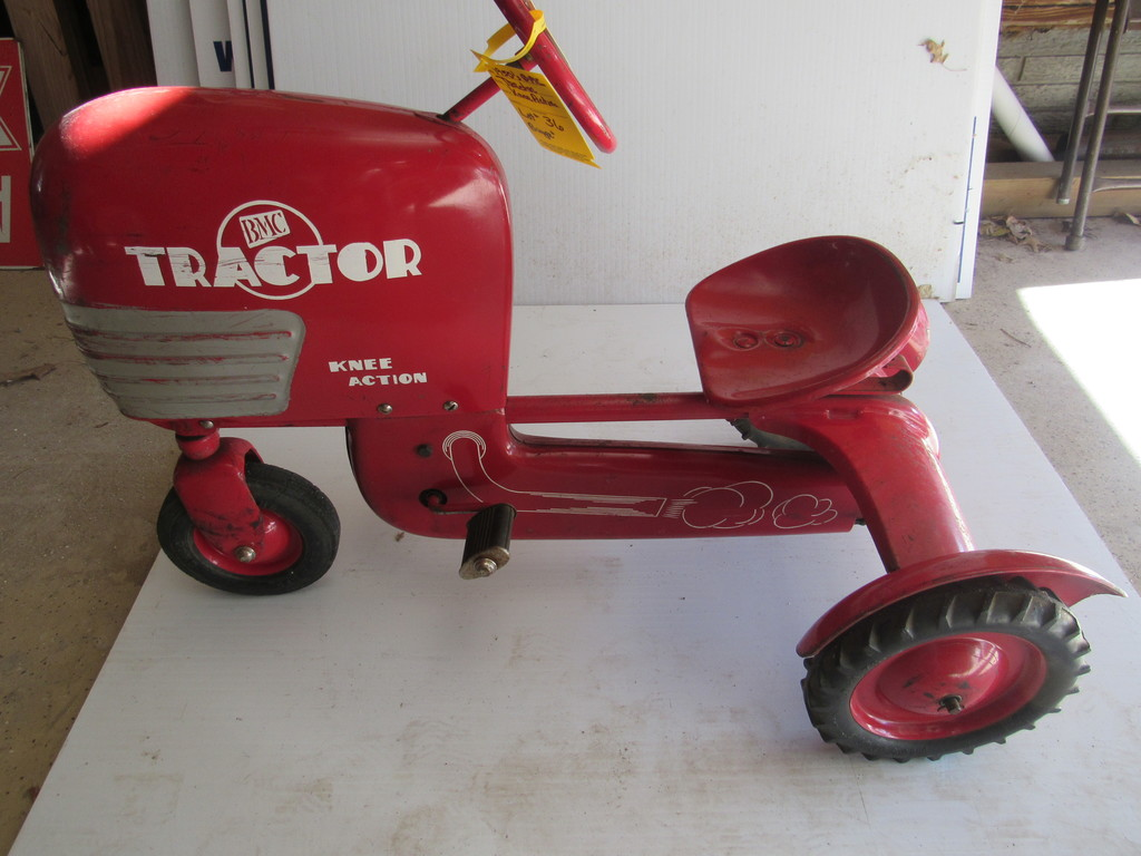 1950's BMC TRACTOR, KNEE ACTION