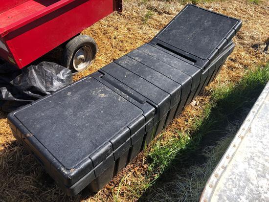 Plastic pick up toolbox