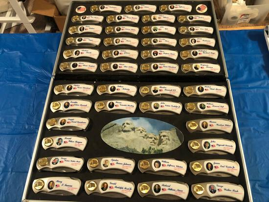 President knife collection in case