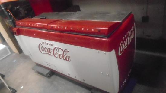 CGD-C Large Coke Coca-Cola Fri    Auctions Online   Proxibid
