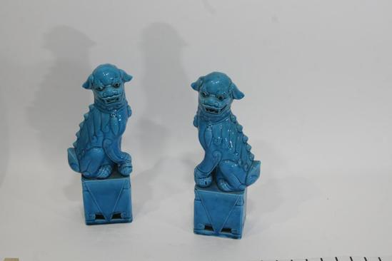 Ceramic or Porcelain Fu Dogs Seated Dragon 12in Tall 2lbs each