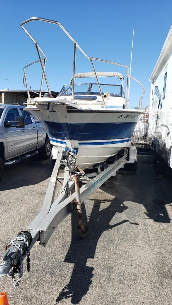 1989 23ft Trophy Series Bayliner Fishing Boat with ABT Aluminum Trailer Force 125 Engines
