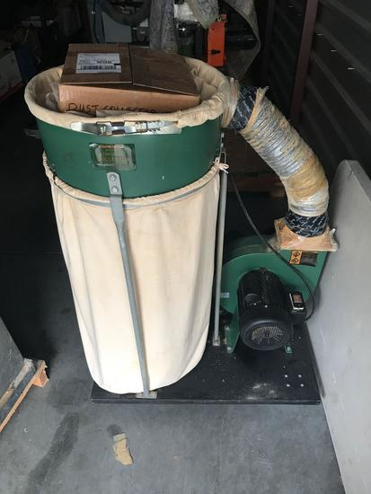 Central Machinery 2HP Dust Collector 120V 70 Gallons.