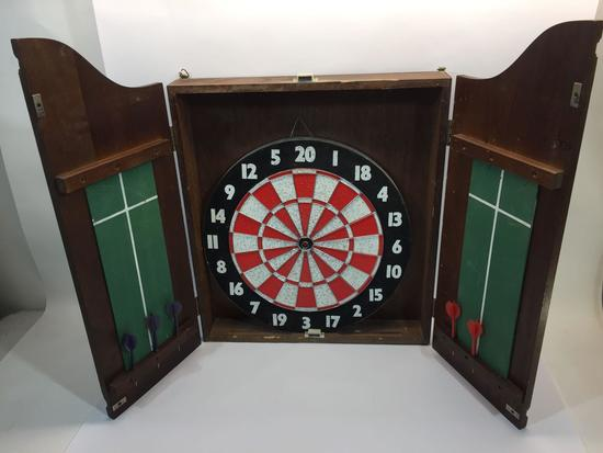 Vintage Dart Board - Kings Head Pub and Lodging- 28x21in Closed
