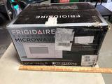 FrigidAire Microwave 21x17x13 inches