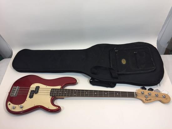 Fender Affinity Series Squier P-Bass Guitar with Fender Carrying Case