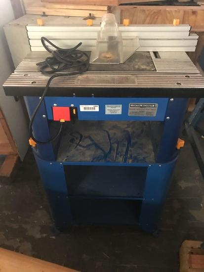 Central Machinery Router With Full Size Table