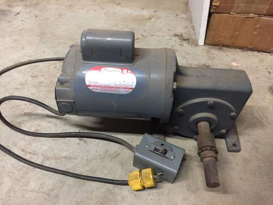 Dayton AC Induction Motor, Model 2Z151C