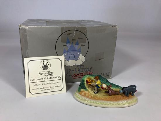 Winnie the Pooh With a Great Heave Ho Scultpture OSDC31 w/ CoA 2001 Disney Showcase Collection