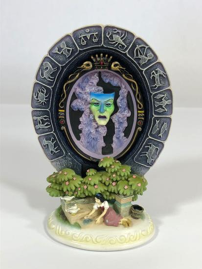 Snow White The Fairest One of All SIGNED Limited Edition Sculpture 2004 Disney Showcase Collection