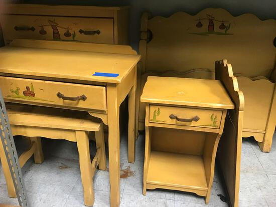 Kids Wood Bedroom Set
