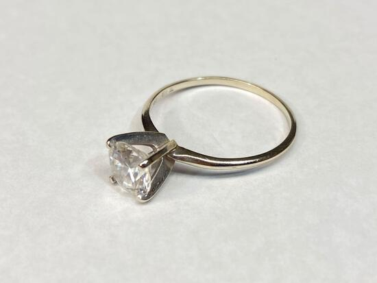 14K White Gold Ring, Size 9 1/2
