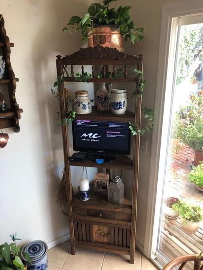 Corner Display