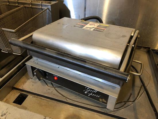 Star MFG Grill Express Commercial Kitchen Press Grill Old Town