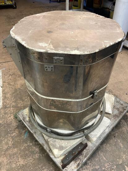 SKUTT Electric Kiln model 183/240 36in tall 2w 240vac rm 2