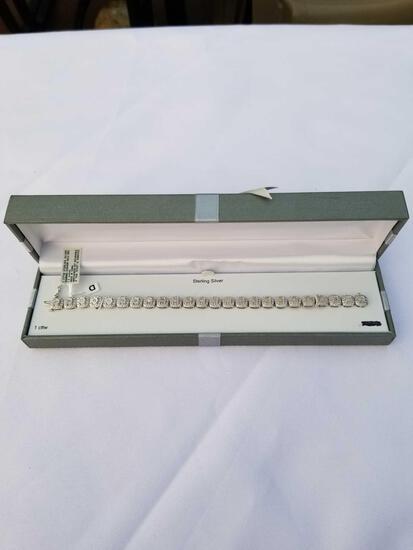 1 Carat Diamond Sterling Silver Cushion Halo Bracelet