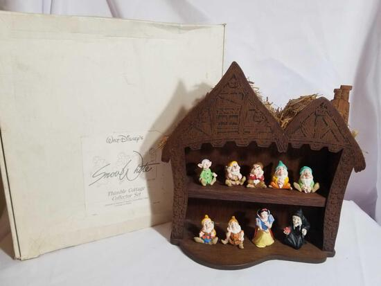 Disney Snow White Thimble Cottage Collector Set