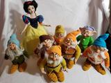 Disney Snow White Limited Edition Porcelain Doll 8 Units