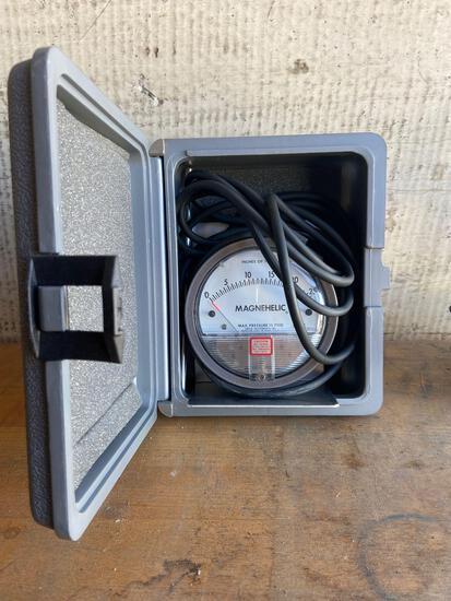 Magnehelic water pressure meter TR5141
