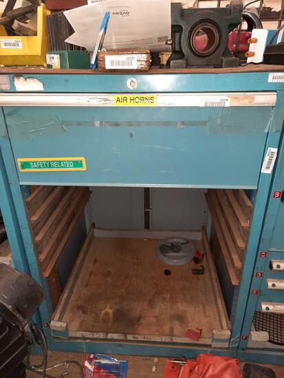 Toolbox 38in Tall, Contents Not Included TR5414