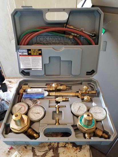 Chicago Electric Heavy Duty Oxy. Acetylene Welding Kit