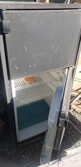 acdc marine fridge works