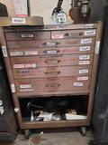 Large toolbox without contents 7 drawer 29in wide tr5414