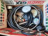 Box of Pressure Gauges, Vacuum Pumps, Compression,TR5414