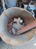 Bucket of Chain, Hardware, yrd