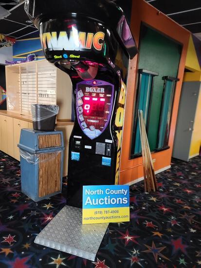 Dynamic Boxer Arcade Game by Kalkomat