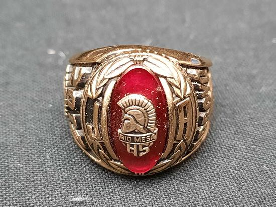 2012 Rio Mesa High School Ring w/ Ruby Gem Stone Size 7.5