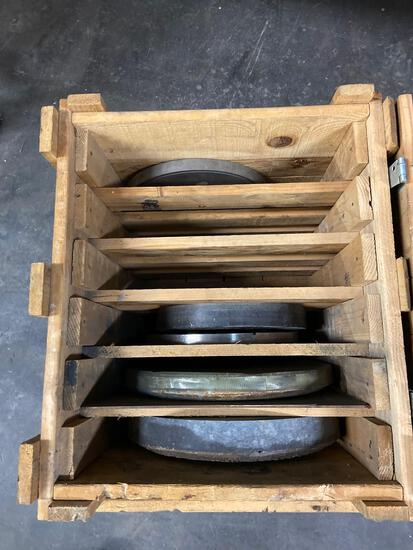 Crate of Grinding wheels x5 units