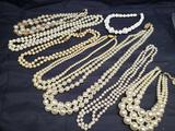 Lot of Cultured Pearls Large and small size pearls