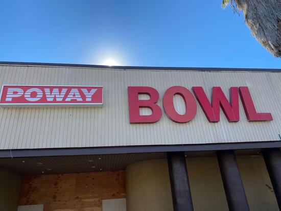 Outdoor poway bowl signs 2 units