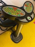 console qubica bowling worldwide 35in tall