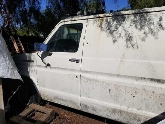 1988 Ford Econoline 150 Cargo Van