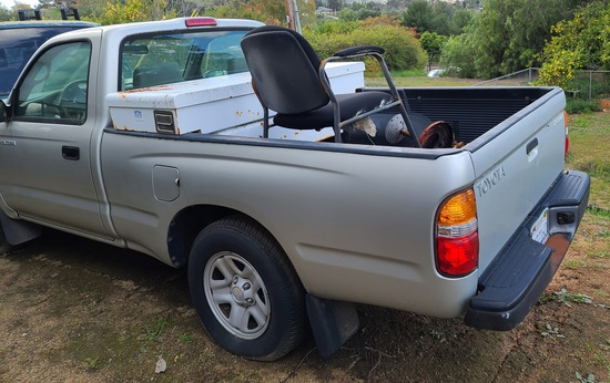 Toyota Tacoma Pickup Truck Front End Wreaked