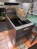 Anets Air Fryer 4ft Tall
