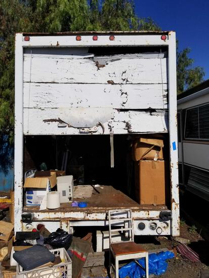 28 Foot Inclosed Trailer With Contents Model A71A-4AAD