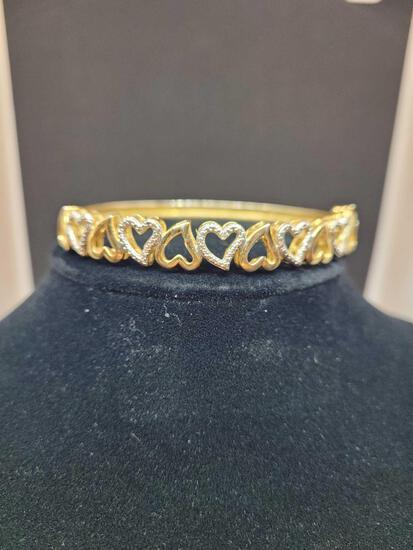 14kt gold plated diamond heart bracelet