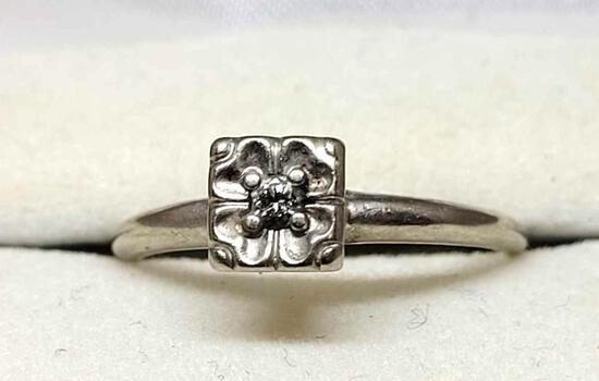 White Gold & Diamond Ring 14kt Solid Gold w/ .25ct White VS 2.65g