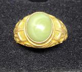 14kt Gold Ring w/ Emerald Stone Size 11, 6.65g