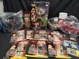 Star Wars Episode 1 Action Figures & Drink Cups w/ Toppers, Cards & Pogs