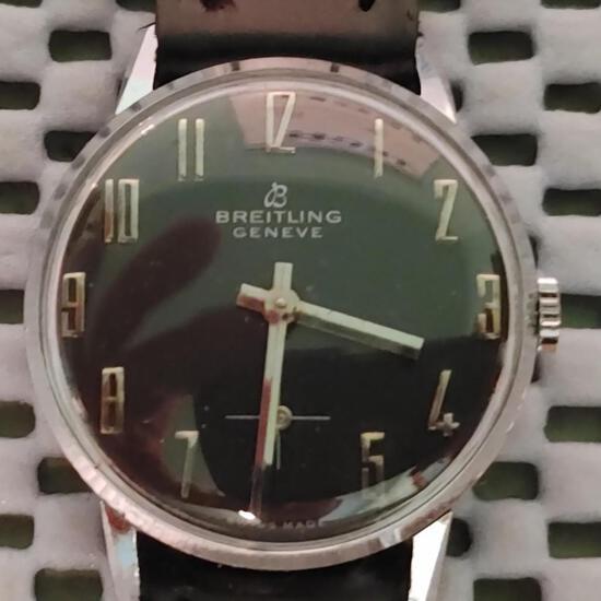 Art Deco, Breitling Geneve, Men's Black Dial, Gold Markers vintage wristwatch