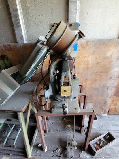 Two Machines Macchina rifilatrice G.P.4