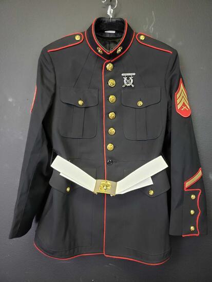 Marine Sergeant Dress Uniform 43 R w Rifle Expert pin