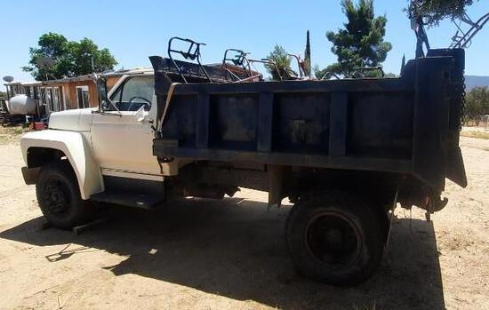 1984 Ford F700 Truck, VIN # 1FDWF70H5EVA52771 sold for parts only