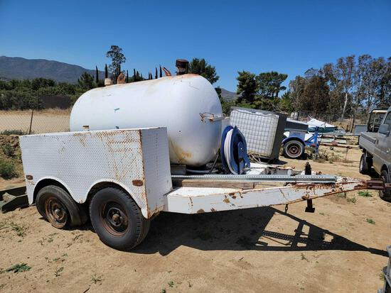 1986 Tow Behind Water Tank 750 Gallon Trailer 13ft Long