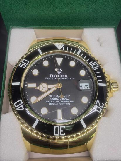 Rolex Oyster Perpetual Date Submariner Superlative Chronometer Dealers Display Wall Clock A6409