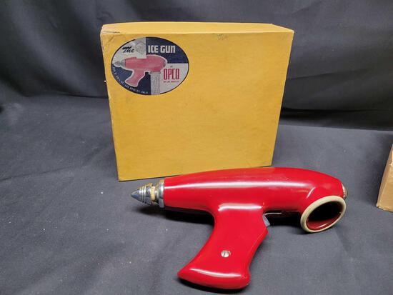 Very Rare 1930s The Ice Gun by Opco